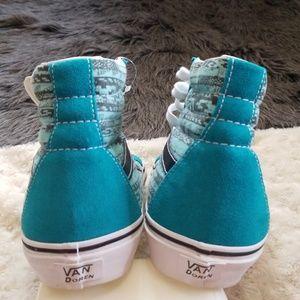3dc9b5c0d5 Vans Shoes - New! Vans Van Doren Navajo High Tops